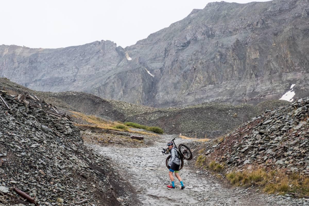 The summit post of Imogene Pass.